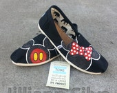 Adult BLACK GLITTER- Minnie and Mickey Mouse Disney shoes perfect for your Summer Trip to Disneyland NeW SH0ES lNCLUDED