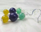 Mardi Gras earring in gold, purple and green - dangle earrings - les bons temps rouler, new orleans, party earrings, holiday earrings