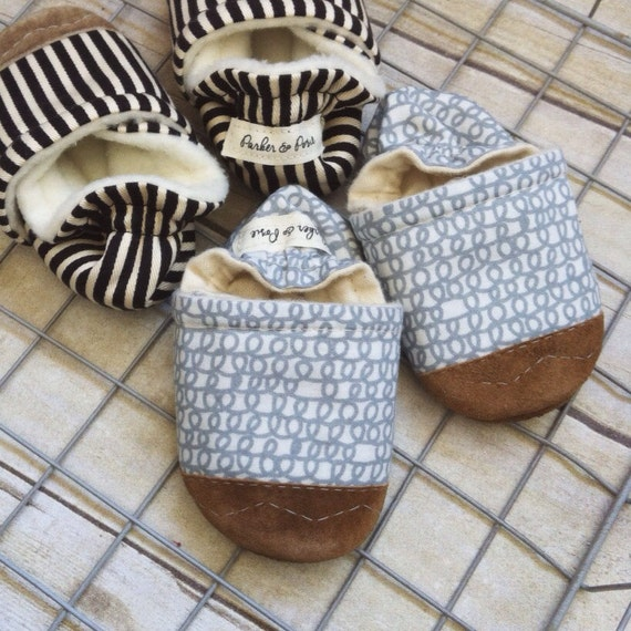 Soft Soled Baby Shoes - Organic Grey Scribbles