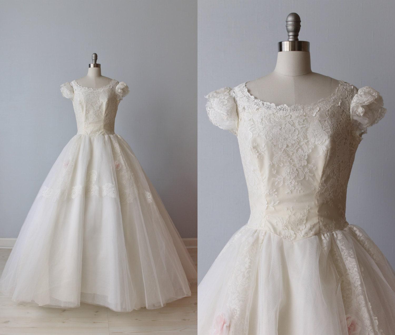1950s Wedding Dress Lace Wedding Dress by