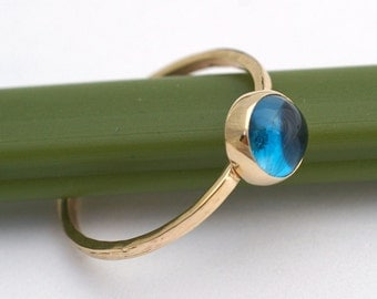 London Blue Topazl Bloom In Gold - Modern Stacking Ring