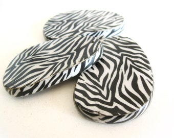 "Big wooden pendant black and white zebra 65mm (2 1/2"")"