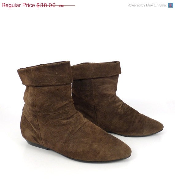 ankle boots vintage 1980s suede flat brown by