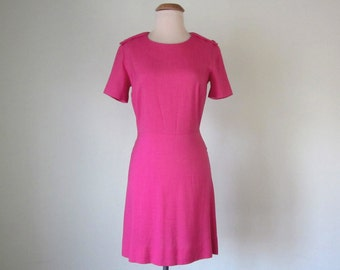 60s dress / hot pink short sleeve fitted waist mini summer mod (xs - s)