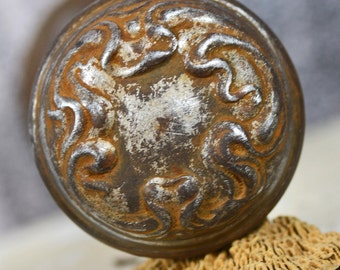 GRUNGY and RUSTY vintage metal door handle...  Home Decor...  T3 L