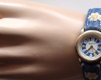 Vintage 1980's   Watch Quartz  Milan II Embroidery Band and very Cute Women or Teens Watch