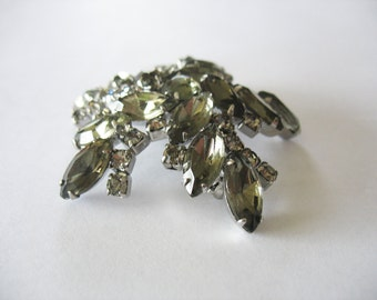 Rhinestone Brooch Smokey Gray Marquis Flower 1950's
