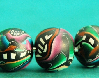 FREE SHIPPING OFFER Pretty peacock colors polymer clay beads