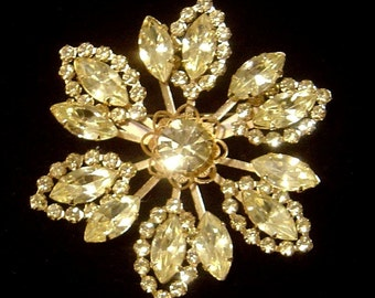 Vintage Rhinestone flower Brooch light citrine color