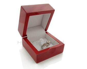 PREMIUM Red Birch Wood RING Box with Clip DISPLAY Engagement Wedding