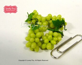Dollhouse miniature Fruit:4 pieces (bunches) of Green Grape, Fresh and Realistic