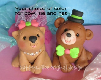 Wombat and Brown Bear Wedding Cake Topper, Unique, Funny, Animals with Personalized Heart
