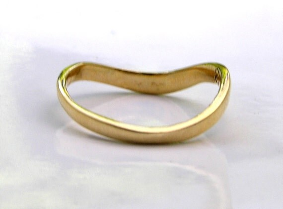 Schlichter goldring  14k massivem Gold dünne geschwungene Welle Ringschiene