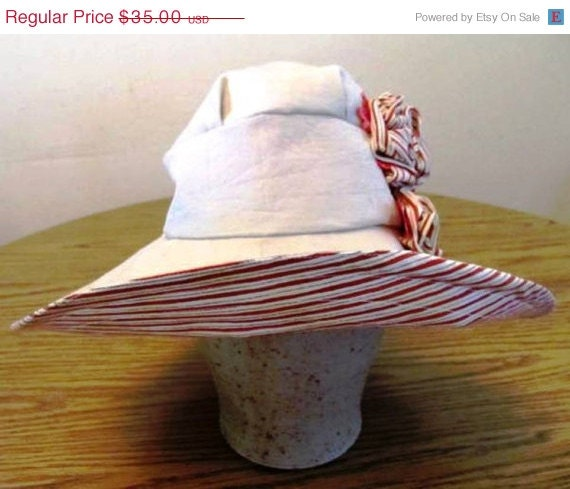 christmasinjuly Vintage style Sun Hat with fabric flowers