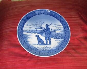 Royal Copenhagen decorative porcelain plate, 1977
