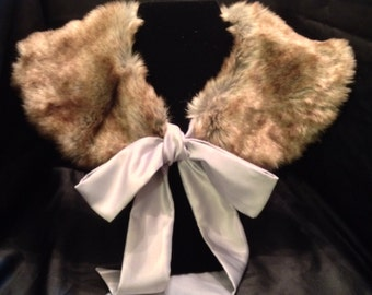 Rabbit Faux Fur - Large Peter Pan Collar w/Satin Tie