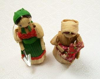 Corn Husk Doll Dolls Handmade Christmas Red Green Garden Vintage