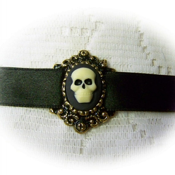 Mr. Skull Zombie Choker Necklace, Skull Choker, Ivory Black Pirate Skull Cameo, Cosplay, Halloween, Witch Choker, Steampunk, Antiqued Gold