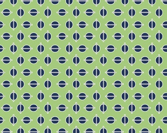 1 Yard Gracie Dots in Green by Riley Blake
