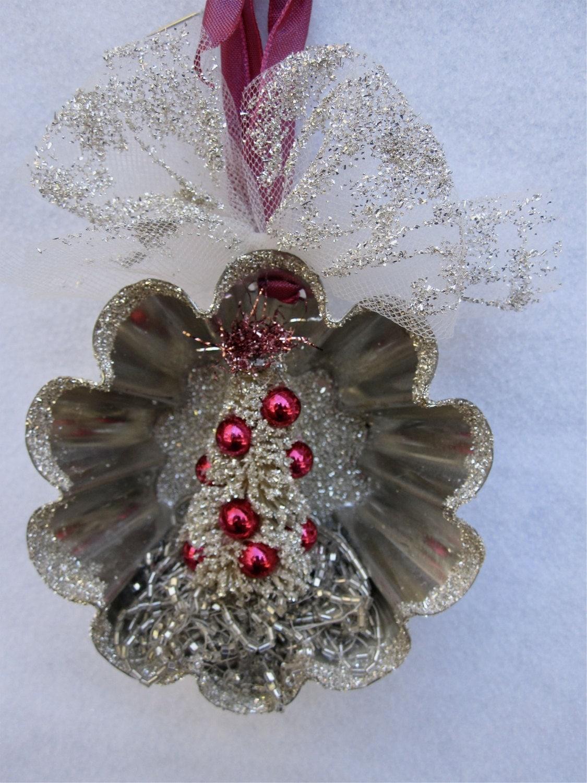 Vintage french tart mold christmas ornament german glass