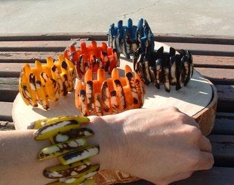Spiked tagua nut bracelet/tagua jewelry/claw bracelet/marble tagua glossy bracelet/assorted colors