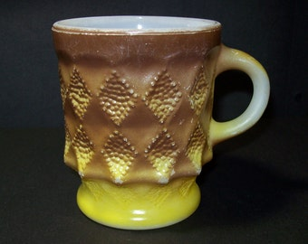 Vintage Fire King Kimberly Yellow Brown Mug / 1950s Hocking Fire King Pebbled Diamonds Pressed Glass Mug