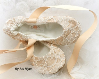 Wedding Flats, Ivory, Champagne, Gold, Ballet Flats, Bridal Shoes, Flats, Ballerina Slippers, Flower Girl, Lace, Vintage Style, Elegant