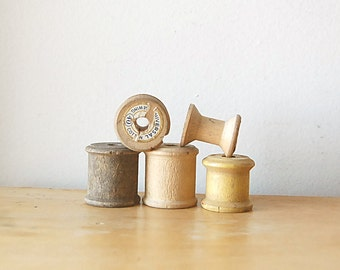Vintage Lot Wood Spools Instant Collection Aged and Rustic Worn With and Without Labels