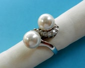 Elegant Chic  Contrarié Ring,1960  Italian Vtg -925 Cultured Pearls and Swarovski - feminine and sophisticated Ring--Art.294/3--
