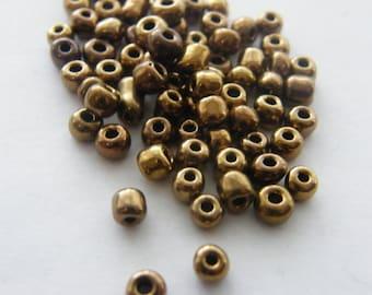 400  Gold matt glass seed beads SB6