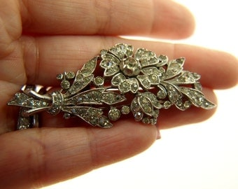Crown Trifari Flower Fur Clip - Vintage