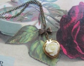 Cream Rose Heart Locket Necklace, Bridesmaids Gifts, Vintage Wedding,