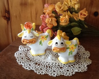 Lefton Daisy Cows Salt & Pepper Shakers Antique Kitchen Collectibles Geo Z Lefton