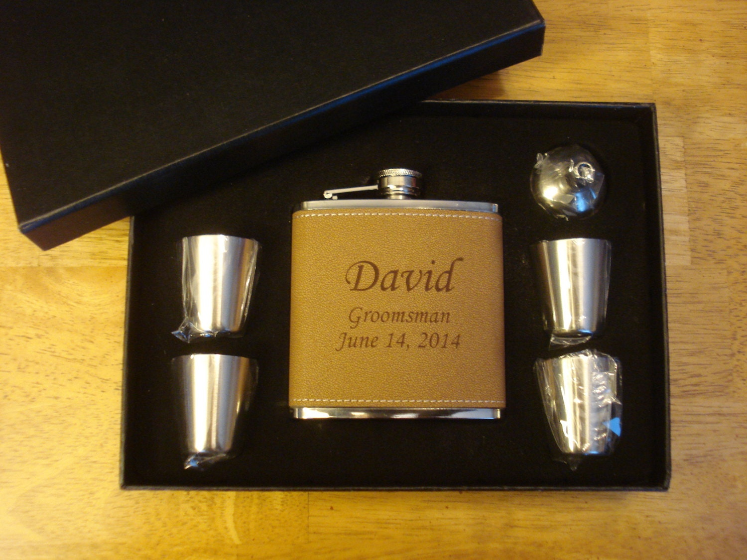 GROOMSMEN GIFTS 5 Leather Flask Gift Sets Personalized For