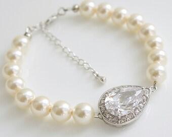 Pearl Wedding Bracelet, Wedding Jewelry, Pearl Bridal Bracelet, Swarovski Pearls, Cubic Zirconia Bracelet, Teardrop Crystal Bracelet, Seema