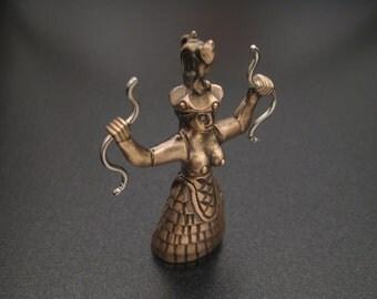 Ariadne Pendant