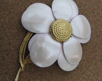 Vintage pale pink or champagne flower pin flower brooch with gold center
