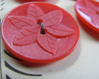 Card of 4 Vintage Plastic Large Sew Thru  Red Flower Buttons 29mm