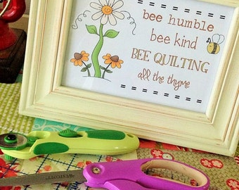 Bee Quilting Print