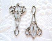 Antiqued Silver plated Art Nouveau connector, pendant, earring lot of (2) - VT101