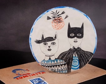 Couple Illustration, Batman, Catwoman, Love Drawing, Hanging Ceramic Sculpture, Round Art, Air Dry Clay, Pencil, Wall Decor, Weird