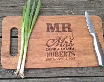 BAMBOO Cutting Board - Engraved Wooden Cutting Board 14 X 7.5  Mr & Mrs Design Cutting Board Wedding Gift Anniversary Gift