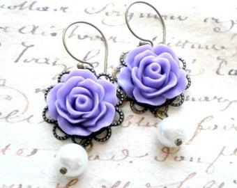 Lavender Earrings Purple Bridesmaid Earrings Dangle Pearl Earrings Purple Chandelier Earrings Lavender Wedding Earrings Bridesmaid Gifts