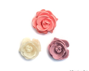 Set of 2 Victorian 30mm Open Layer Resin Rose OOAK Poppy Exclusive Vintage Design Cab Cabochon Lilac Pink White Diamond