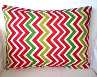 Christmas Lumbar Pillow Cover, Chevron Pillow, Decorative Throw Pillows, Cushions, Red Green Chevron  Zig Zag Cushion,  12 x 16 or 12 x 18