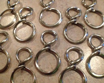 Figure 8 Infinity Link 30x17mm, silver plated 10pcs
