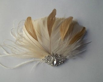 Wedding Hair Accessories, Feather Hair Clip, Ivory Gold Accessory, Bridal Fascinator, Fascinate, Bridal Hair Accessories, Wedding Hair Comb