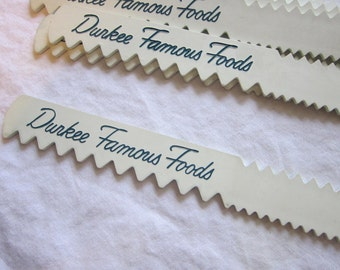 vintage ICING COMB - Durkee Famous Foods advertising - plastic, 10 inches, 3 groove sizes