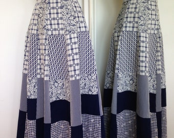 Handmade Stylish Quilted Vintage Plaid 70s Skirt In Navy And White