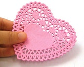 20 Rose Heart Paper Doilies - Pink (4.1 x 4in)
